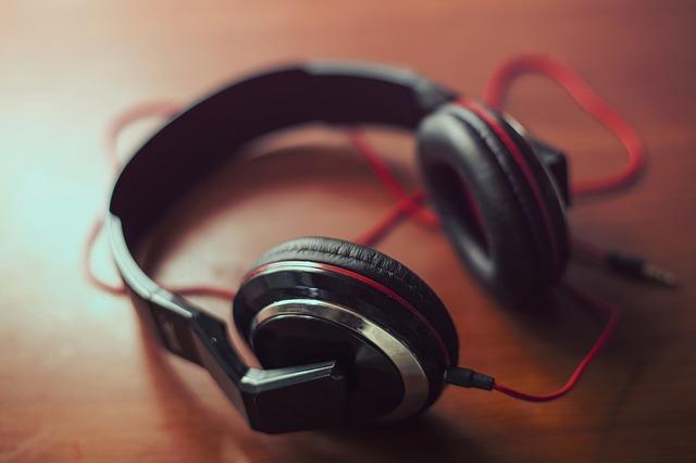 Audio Headphones Unplugged